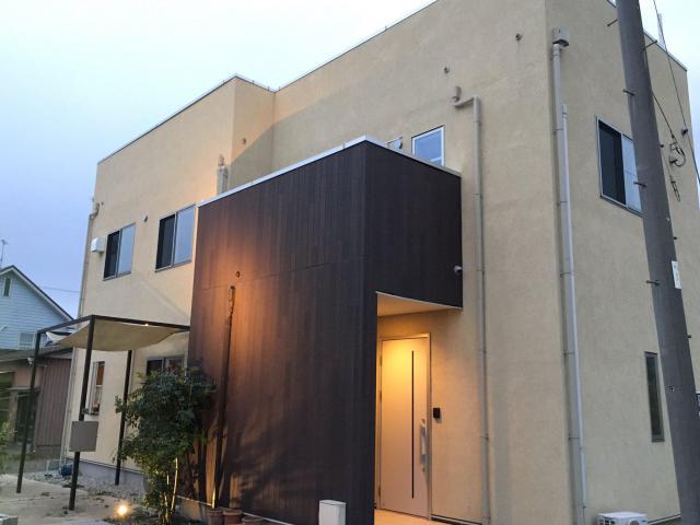 屋上にお風呂やバーカウンターがあるシェアハウスオープン