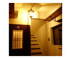 アトリエ、ギャラリー、図工室併設のシェアハウス